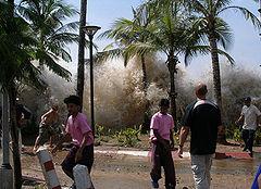 240px-2004-tsunami