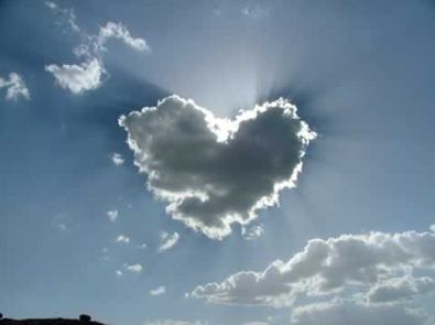 http://vincentloy.files.wordpress.com/2008/12/love-heart-cloud.jpg