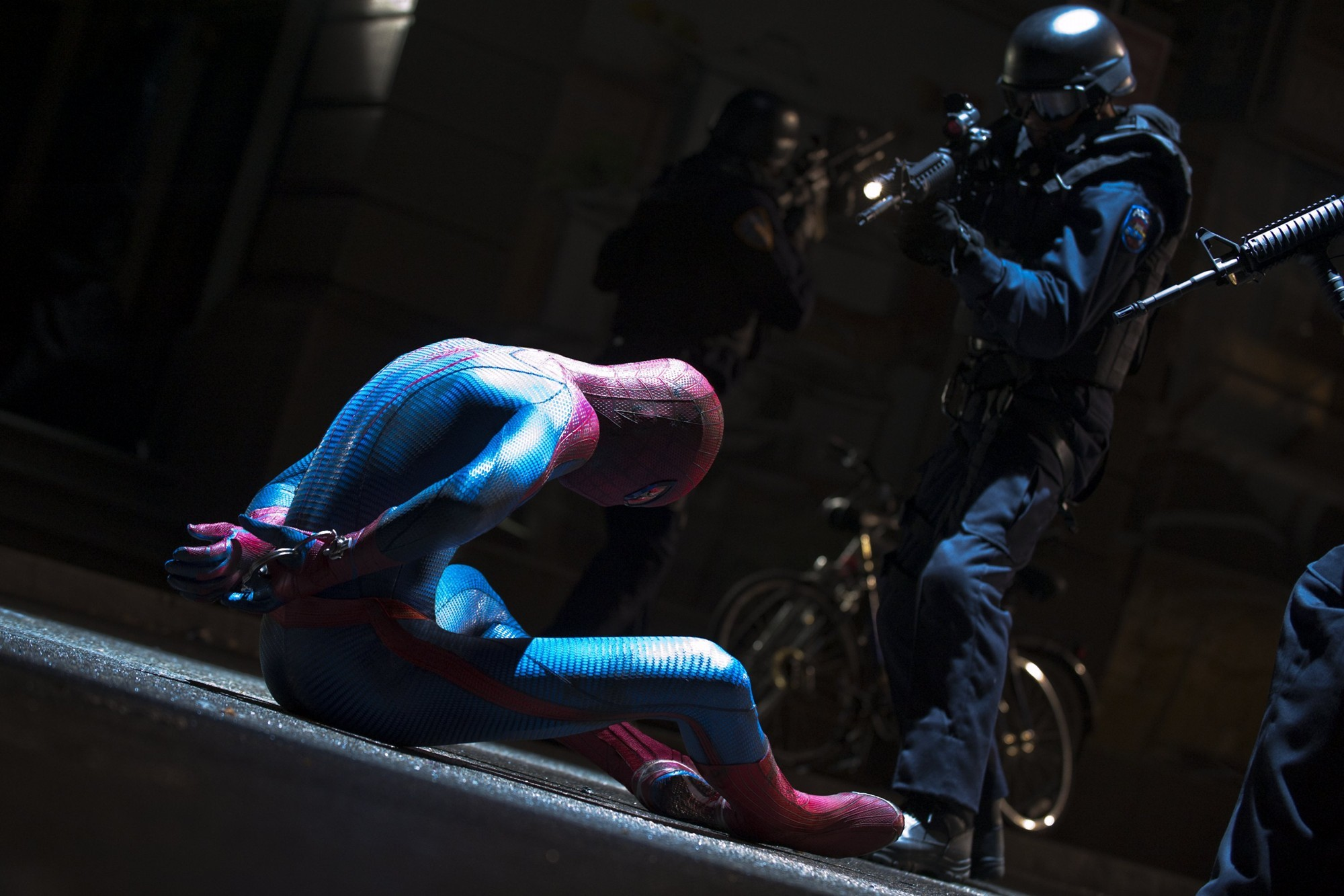 review of the amazing spider man movie To call it pointless wouldn't be unfair the last spider-man movie was only five  years ago is it possible to forget the trilogy director sam raimi.
