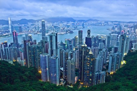 hong_kong_skyline_from_the_peak_by_anjoeaj-d5runk7