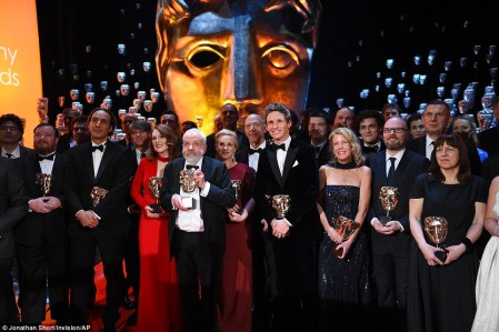 257B47B100000578-2944913-Impressive_line_up_The_winners_of_the_EE_British_Academy_Film_Aw-a-172_1423436826515