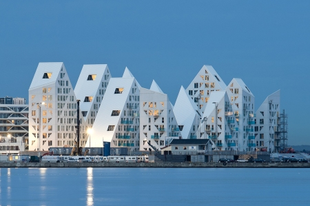 5317fe57c07a802c270000c9_the-iceberg-cebra-jds-search-louis-paillard-architects_0038_isbjerget_photographer_mikkel_frost