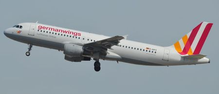 320_GERMANWINGS_D-AIPX_147_10_05_14_BCN_RIP_16730197959