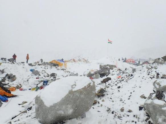 2015-nepal-earthquake-everest-avalanche-disaster