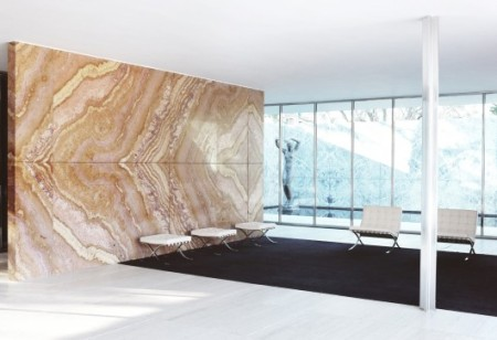 55422b4ee58ece706c00038f_the-architectural-lab-a-history-of-world-expos-_54c6abfce58ece9901000001_ad-classics-barcelona-pavilion-mies-van-der-rohe_mies-530x363