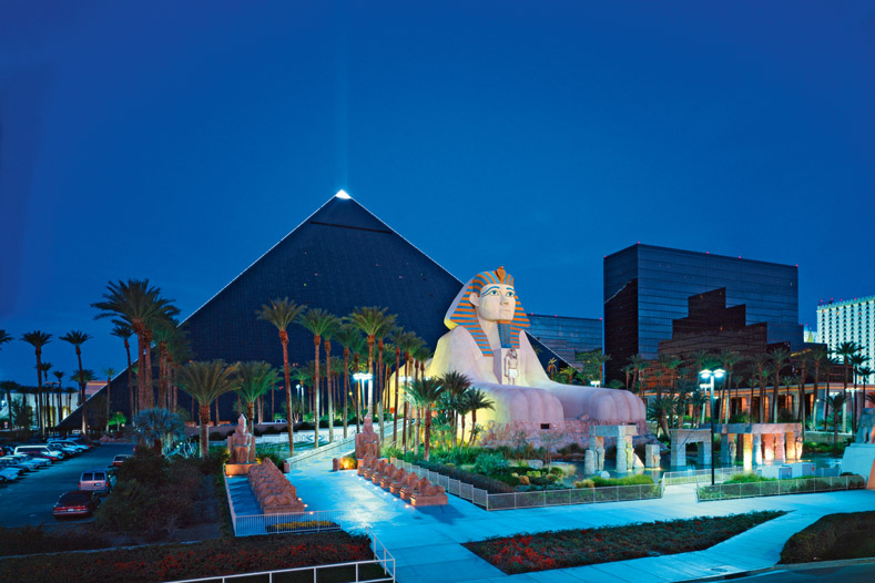 story travel destinations luxor hotel casino vegas