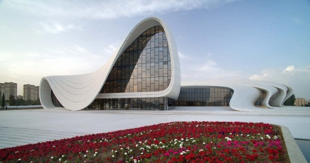 Heydar Aliyev Cultural Center by Zaha Hadid06_0