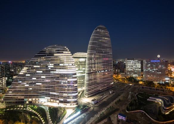 Wangjing-Soho-by-Zaha-Hadid-photo-Cristiano-Bianchi_dezeen_784_3