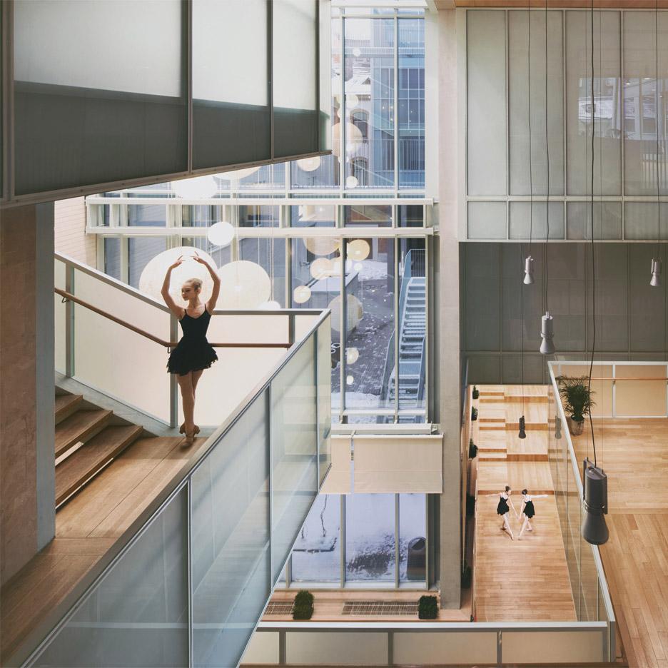 Ballet school st petersburg russia studio 44 architects for Studio 11 architecture