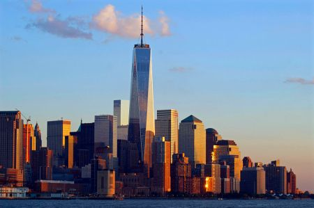 One_WTC_Lower_Manhattan_skyline_Oct_2014