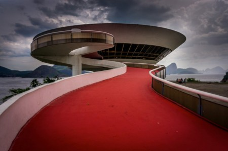 Niteroi_Contemporary_Art_Museum___Niemeyer_ph_flickr_Boris_G.
