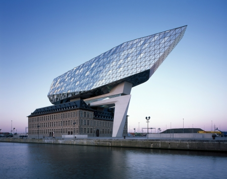 zha_port_house_helenebinet_01