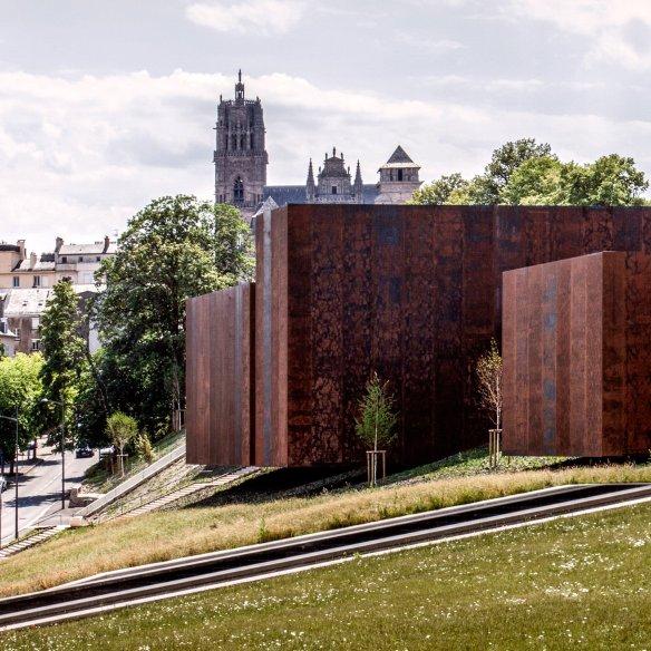 soulages-museum-rodez-france-g-tregouet-architecture-rcr-arquitectes_dezeen_sq